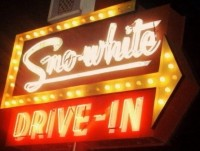 Sno-White Drive In